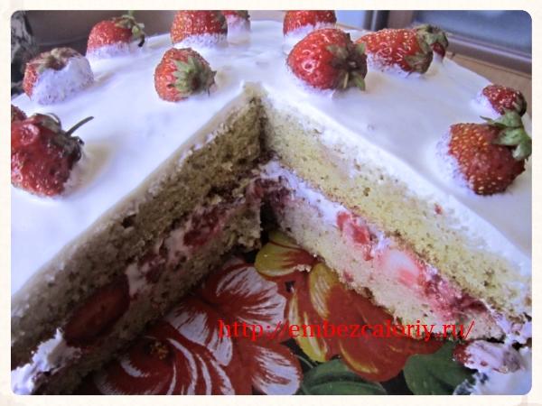 Отправляем торт в холодильник для пропитки