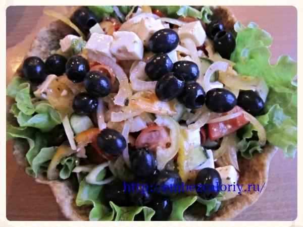 Обычный салат в необычной подаче
