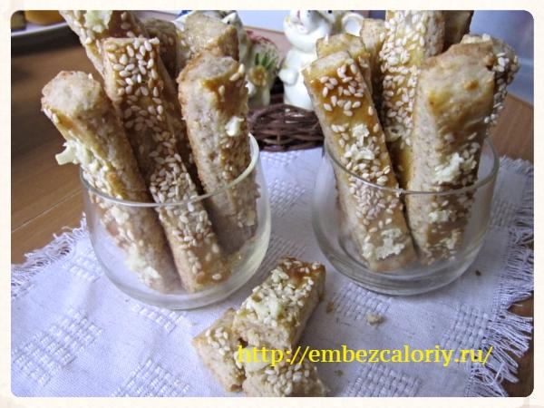 Сырные палочки с чесноком