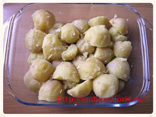 картофель в жаростойкую форму