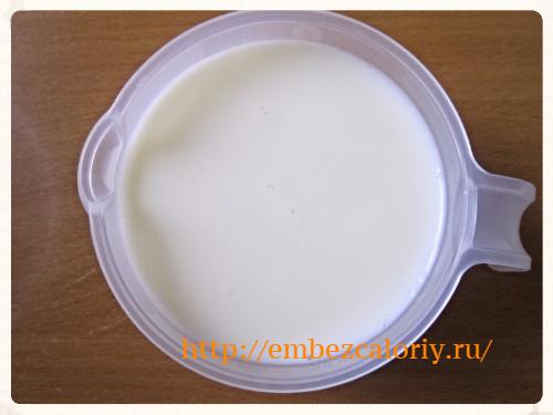 яично – молочную смесь
