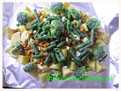 Картофель, морковь с луком, чеснок, стручковая фасоль, брокколи, солим