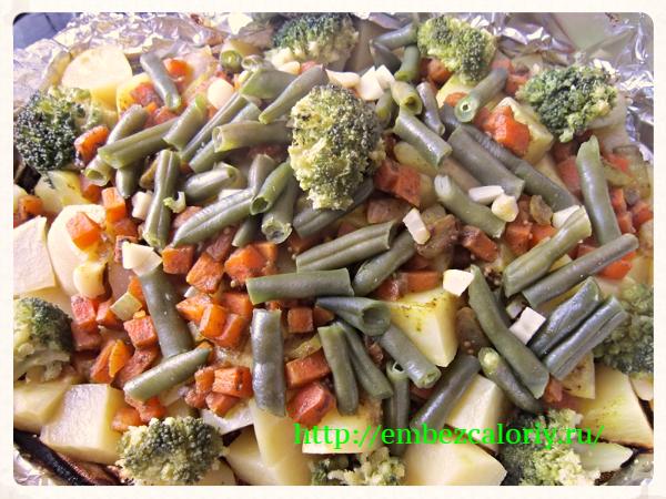 Картофель с овощами в фольге
