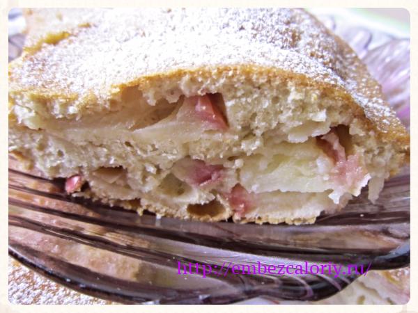 Шарлотка из настоящего бисквита