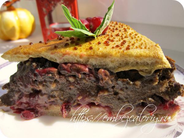 Наш Клюквенный пирог с шоколадным кремом готов!