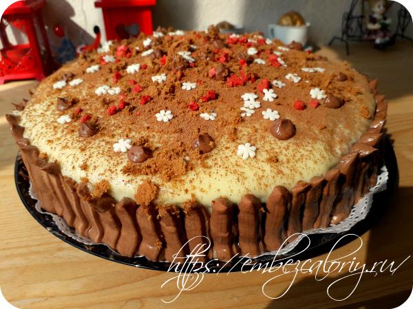 Торт бисквитный с грушами