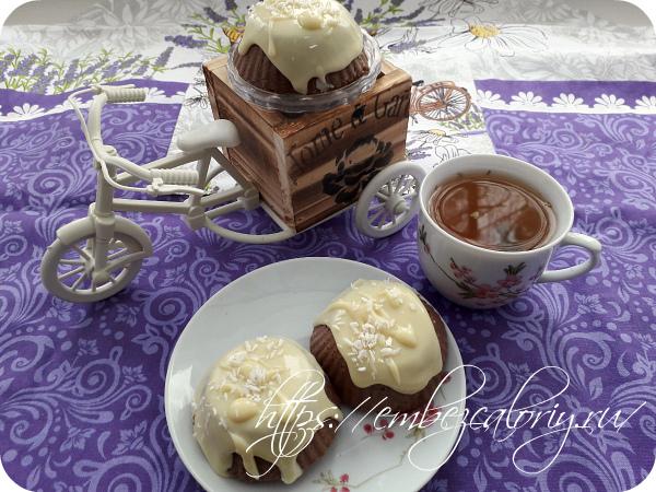 Ореховое пирожное под «снегом»